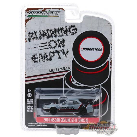 ° Greenlight 41080-a Chevrolet Panel truck-Running on Empty échelle 1:64 Nouveau