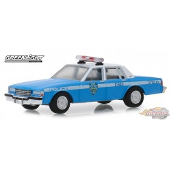 1990 Chevrolet Caprice - New York City Police Dept (NYPD) 1-64 greenlight 42890 C Passion Diecast