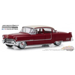 1955 Cadillac Fleetwood Series 60 Special - Motor Medic - Busted Knuckle Garage 1  Greenlight 1-64 - 39010 A Passion Diecast