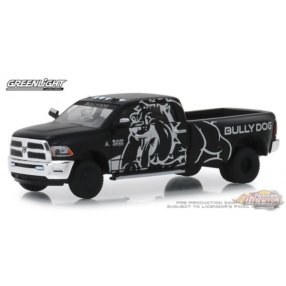 Bully Dog - 2018 Ram 3500  Dually Drivers Series 1   greenlight 1-64 - 46010 E  Passion Diecast