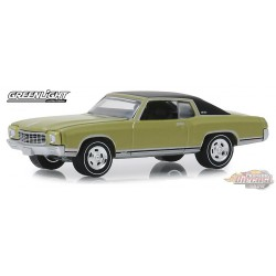 1971 Chevrolet Monte Carlo SS 454 in Cottonwood Green GL Muscle Series 22 1-64  greenlight 13250 D Passion Diecast