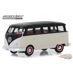 "1965 Volkswagen Type II 21-Window Deluxe Bus  Barrett-Jackson ""Scottsdale Edition"" Series 4   greenlight  1-64 - 37180 B Passion"