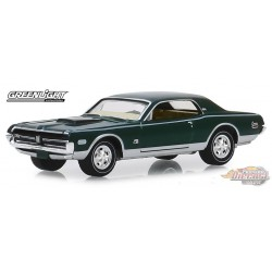 1968 Mercury Cougar XR-7 GT-E  Anniversary Collection Series 9    greenlight  1-64 - 28000 A  Passion Diecast