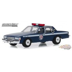 1989 Chevrolet Caprice - Wisconsin State Patrol   Anniversary Collection Series 9    Greenlight  1-64 - 28000 D  Passion Diecast