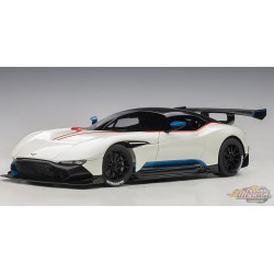 Aston Martin Vulcan 2015 Stratus White/Blue Stripes AUTOart  1/18 70261 Passion Diecast