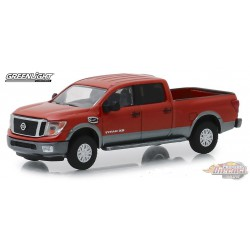 Nissan Titan XD Platinum 2018   All-Terrain Series 8   1-64 greenlight 35130 F  Passion Diecast
