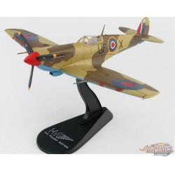 Supermarine Spitfire Mk V  RAF No.601 Sqn, EP689, Libya, December 1942  Hobby Master 1/48  HA7852 Passion Diecast