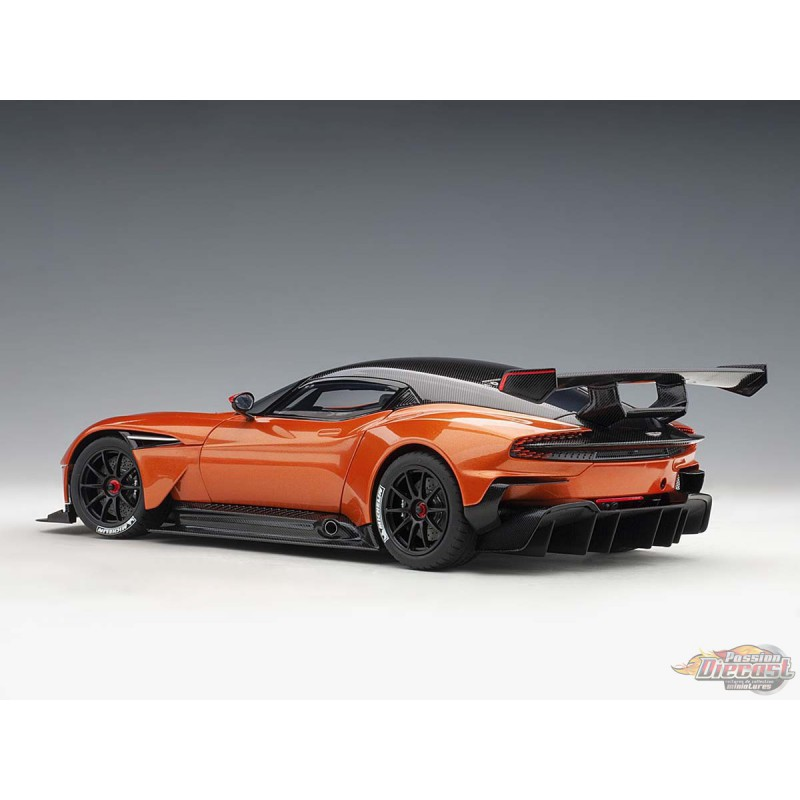 Aston Martin Vulcan 2015 Madagascar Orange AUTOart 1/18