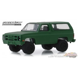 1988 Chevrolet K5 Blazer M1009 Commercial Utility, Blue Collar Collection Series 6 Greenlight 1/64, 35140 D  Passion Diecast