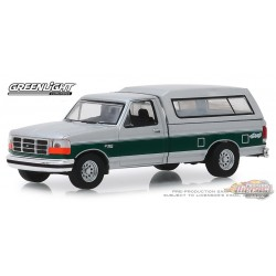 1996 Ford F-150 XLT with Camper Shell, Blue Collar Collection Series 6 Greenlight 1/64, 35140 E  Passion Diecast