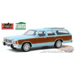 1979 Ford LTD Country Squire - Charlie's Angels  Greenlight 1/18  19066  Passion Diecast