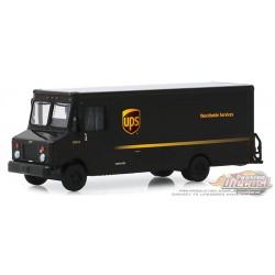 United Parcel Service (UPS)  - Véhicule de livraison  de Colis  - H.D. Trucks 17  1/64 Greenlight 33170 B  Passion Diecast