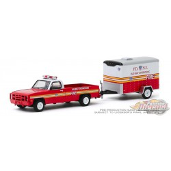 1986 Chevrolet M1008 CUCV and Small Cargo Trailer - FDNY Haz-Mat Operations Hitch & Tow 19, 1/64 Greenlight 32190 A