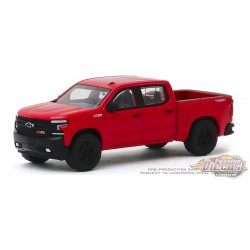 2019 Chevrolet Silverado LT Trail Boss - Red Hot   All-Terrain 9, 1-64 Greenlight 35150 F Passion Diecast