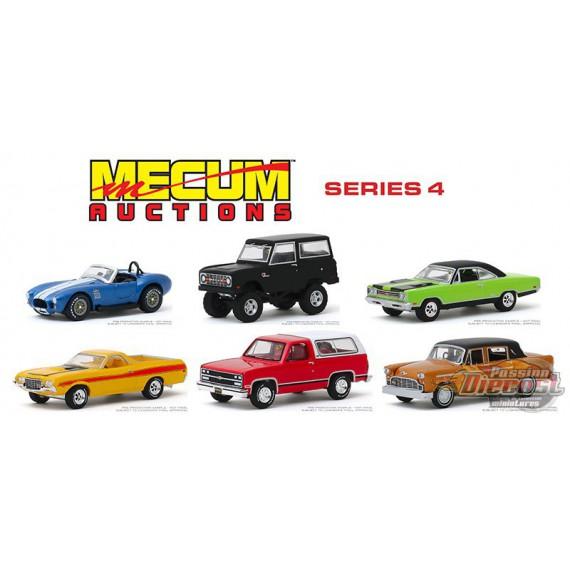 Mecum Auctions Series 4  Assortment  1-64 greenlight 37190  Passion Diecast