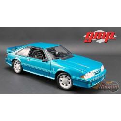 Ford Mustang Cobra 1993 en Bleu sarcelle avec intérieur noir 1/18 GMP  18923 Passion Diecast