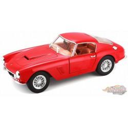 Ferrari 250 GT Berlinetta Passo Corto Red  -  Bburago 1/24 -  26025 -RD  - Passion Diecast