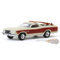 1973 Ford Ranchero Squire with Surfboards - Hobby Shop Series 8 - 1/64 Greenlight-  97080 A - Passion Diecast