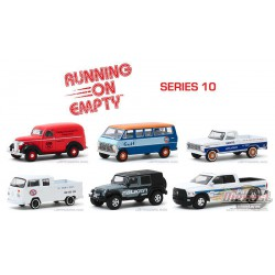 Running on Empty Series 10 Assortiment  1-64 greenlight - 41100 -  Passion Diecast