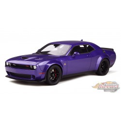 Dodge Challenger R/T Scat Pack Widebody - Plum Crazy - GT SPIRIT - GT248  -  Passion Diecast