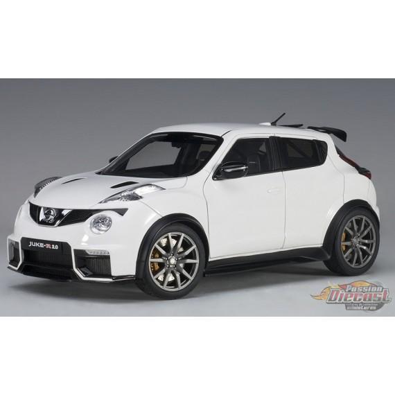 Nissan Juke R 2.0 Matt White  - AUTOart 1/18 - 77456 - Passion Diecast