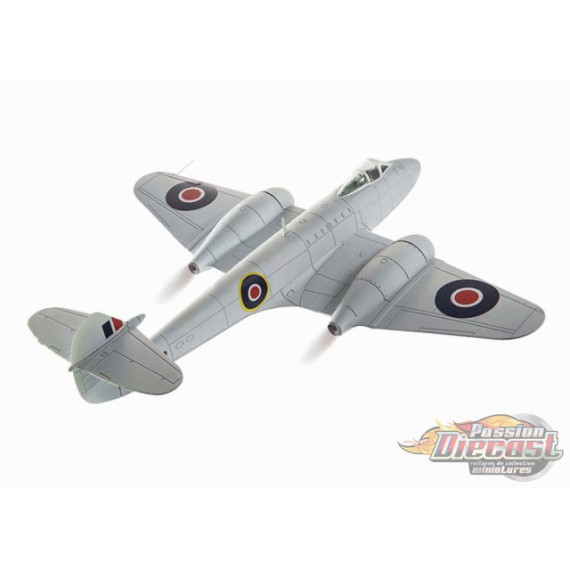 Gloster Meteor F.Mk 3 RAF No.616 Sqn, EE239, Lubeck, Germany, 1945 - Corgi 1/72 - AA27402 - Passion Diecast