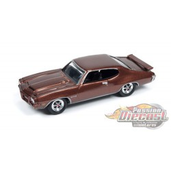 1971 Pontiac GTO Brown  - Johnny Lightning  1:64 - JLMC001 -  Passion Diecast