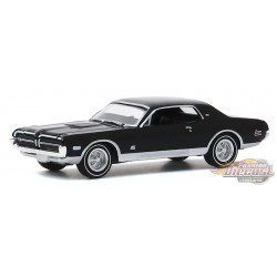 1968 Mercury Cougar GT-E 427 in Onyx Black - GL Muscle Series 23 - 1-64  greenlight  - 13270 B  - Passion Diecast