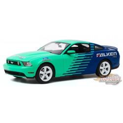2010 Ford Mustang GT - Falken Tires - Greenlight 1/18 - 13552  -  Passion Diecast