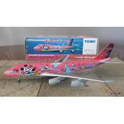 TOMY 1/400 Boeing 747-300 Japan Air Lines SWEET Livery / JA-8904