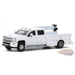 2016 Chevrolet Silverado 3500 Dually Crane Truck - Dually Drivers Series 4 - 1-64  Greenlight  - 46040 A -  Passion Diecast