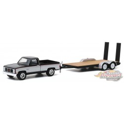1986 GMC Sierra Classic 2500 with Flatbed Trailer - Hitch & Tow 20, 1/64 Greenlight - 32200 C - Passion Diecast