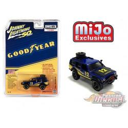 Jeep Cherokee XJ Goodyear Blue - Johnny Lightning -  Mijo Exclusif  1:64 - JLCP7224 -  Passion Diecast