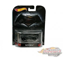 Justice League Batmobile   - Hot Wheels 1:64 Retro Entertainment - FVD03-956 B - Passion Diecast