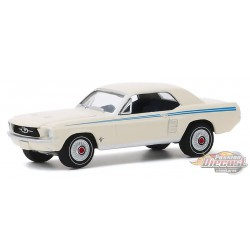1967 Ford Mustang Coupé Indy Pacesetter Special - blanc Wimbledon / bandes Scotchlite  - GL 1/64 Hobby Exclusif - 30161