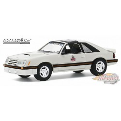 1979 Ford Mustang 1982 Detroit Grand Prix Official Pace Car - greenlight 1/64  Hobby Exclusive - 30167