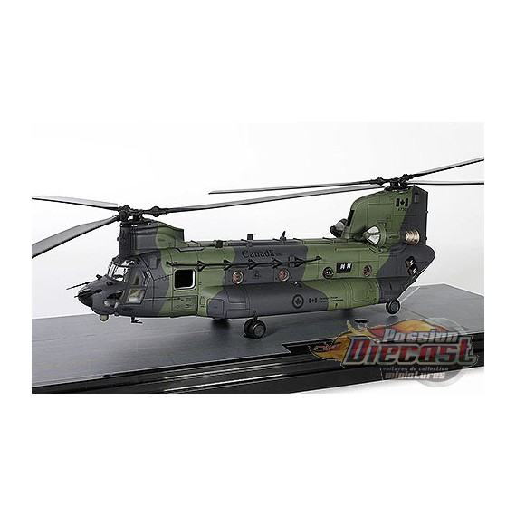 Boeing CH-47F Chinook - RCAF - 450 Tactical Helicopter Sqn, Petawawa, ON, 2013 - Forces of Valor 821005C-1 - Passion Diecast