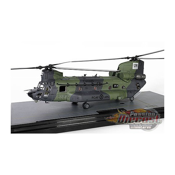 Boeing CH-47F Chinook - RCAF 450 Tactical Helicopter Sqn, United Nation Mali, 2018 - Forces of Valor 821005C-2 - Passion Diecast