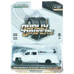 2016 Chevrolet Silverado 3500 Dually Crane Truck - Dually Drivers Series 4 - 1-64  Greenlight  - 46040 A