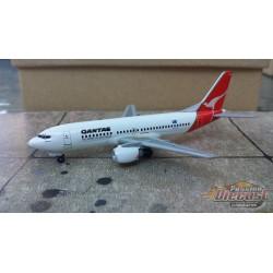 Dragon Wings 1/400 Boeing 737-300 Qantas / VH-TAK / NO BOX - Passion Diecast