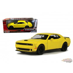 2018 Dodge Challenger SRT Hellcat Widebody Yellow - Motormax 1/24 - 79350 YL