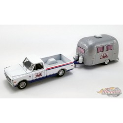 SCTA - 1968 Chevrolet C-10 with Airstream Bambi Sport Camper Trailer  -  Acme 1/64   51339 -  Passion Diecast