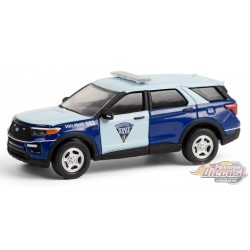 2020 Ford Police Interceptor Utility - Massachusetts State Police - Hot Pursuit 36 - 1-64 Greenlight 42930 f -  Passion Diecast