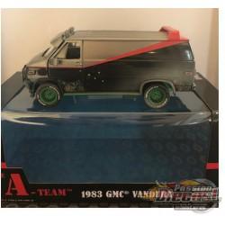 1983 GMC Vandura Weathered Version wtih Bullet Holes - The A-Team  GREENMACHINE 1/24 - 84112GR
