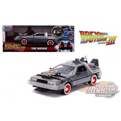 Delorean Time Machine with Light - Back to the Future Part III-  Jada 1/24 - 32166  - Passion Diecast