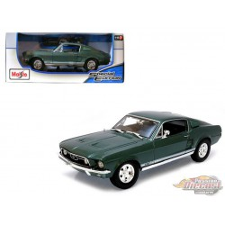 1967 Ford Mustang GTA Fastback Green -  Maisto 1/18 - 31166 GRN - Passion Diecast
