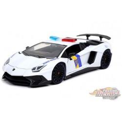 "Lamborghini Aventador SV  Police White  ""Hyper-Spec"" - Jada 1/24 - 32276 - Passion Diecast"