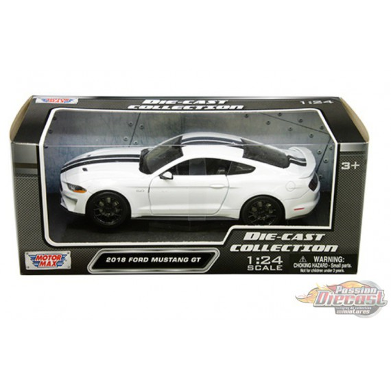 2018 Ford Mustang Gt White with black stripes - Motormax 1/24 - 793582 WHBK - Passion Diecast