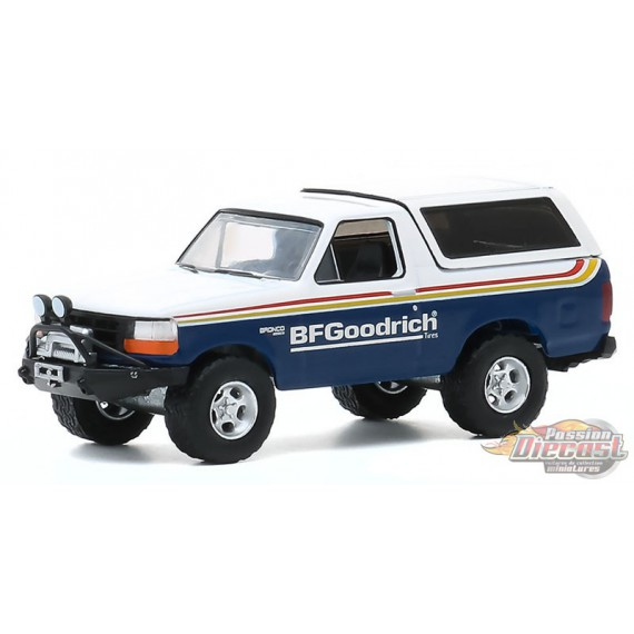 1992 Ford Bronco with Off–Road Parts - BFGoodrich - All-Terrain Series 10  1-64 greenlight 35170 E  - Passion Diecast
