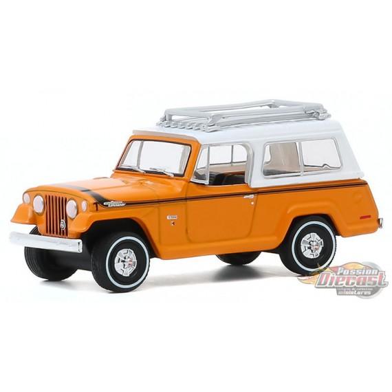 1971 Jeep Jeepster Commando SC-1  - All-Terrain Series 10  1-64 greenlight 35170 A - Passion Diecast